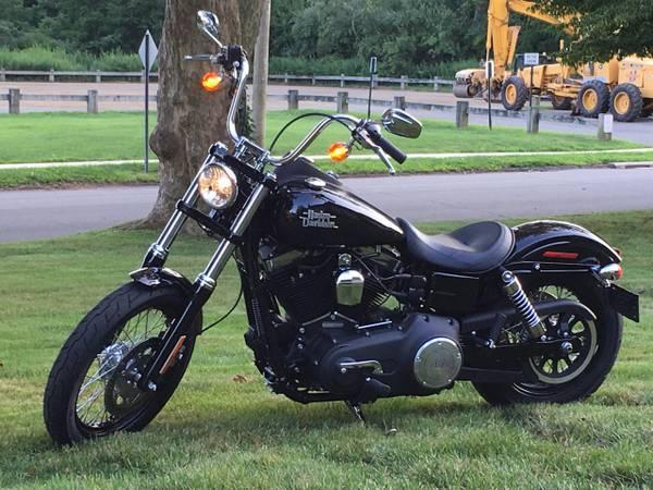 Photo 2016 Harley Davidson Dyna Street Bob - $13,900 (Meriden)