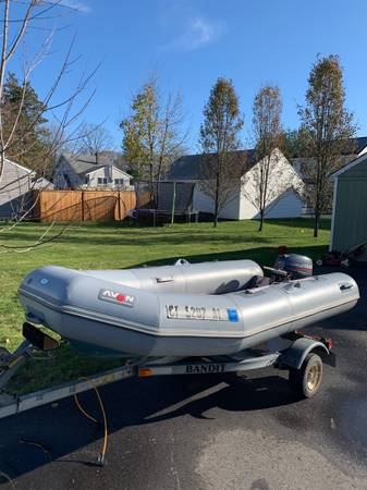 Photo Avon Dinghy 10hp Yamaha Outboard 98 - $3,500 (Milford)