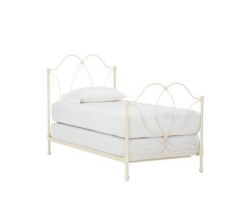 Photo Bed frame twin girls wrought iron Pottery Barn - $99 (Westport)