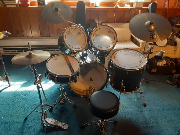Photo Beginners Drum Kit - $450 (Madison CT)