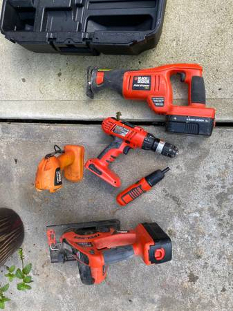 Photo Black and Decker power tools Set - $50 (Shelton CT)