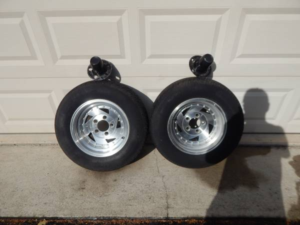 Photo CHEVY 14quot BLADE WHEELS 4 34quot gm bolt pattern - $60 (Seymour,Ct.)