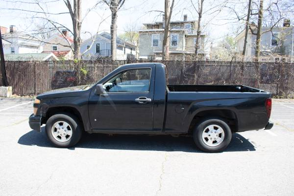 Photo Chevy Colorado truck for sale - $2500 (New Haven)