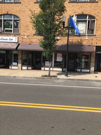 Photo Convenience store location downtown Ansonia (Ansonia, Ct)