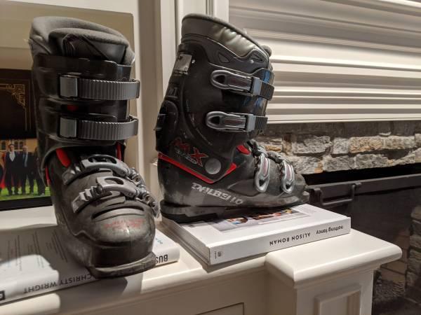 Photo Dalbello MX Super Ski Boots - $40 (Guilford)