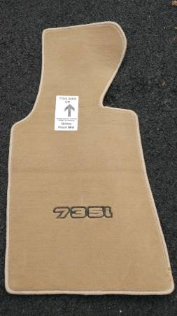 Photo Driver39s Floor Mat for 1990 BMW 753i (Newtown)
