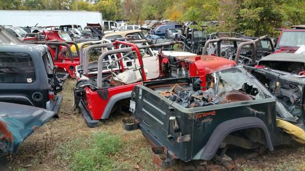 Photo Jeep engines, Wrangler, AMC, TJ, YJeverything - $675 (East Haddam, CT.)