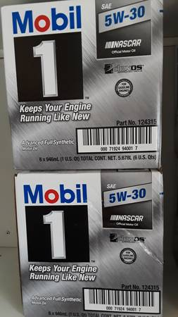 Photo Mobil 1 5w-30 synthetic oil ( 2 cases) - $20 (Derby, CT)