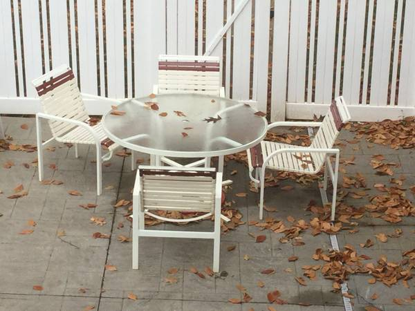 Photo Patio Table with 4 Chairs - $140 (Branford)