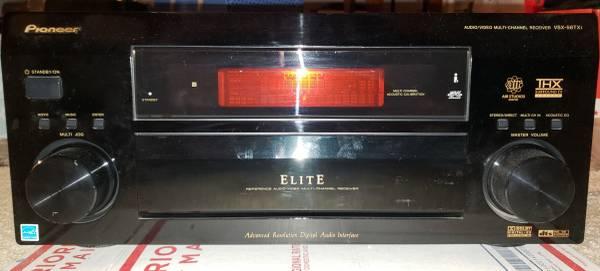 Photo Pioneer 7.1 THX surround sound home theater receiver - $375 (Seymour)