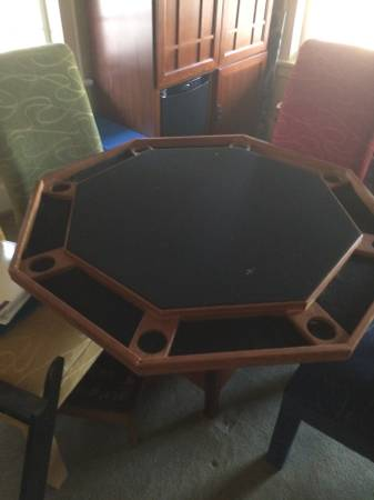 Photo Poker Table - $200 (Killingworth)