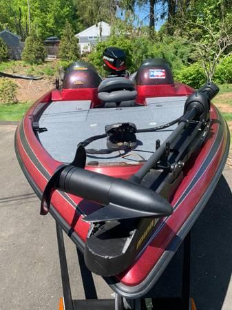 Photo Ranger Boat - $15,000