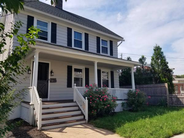 Photo This Beautifully Updated 3 Bedroom Colonial is Move-in-Ready (Derby, CT)