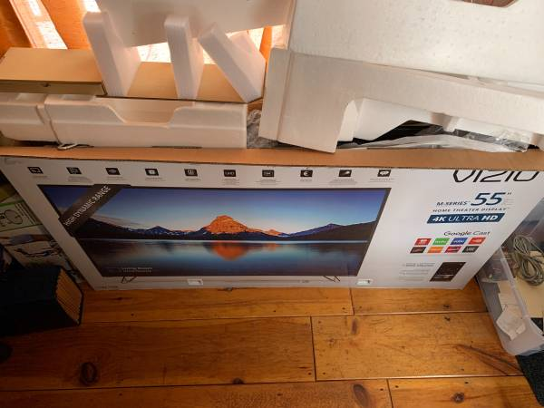 Photo VIZIO 55 Inch 4K Ultra HD Smart TV M55-D0 Ultra HD HDR TV Television - $100 (Guilford)
