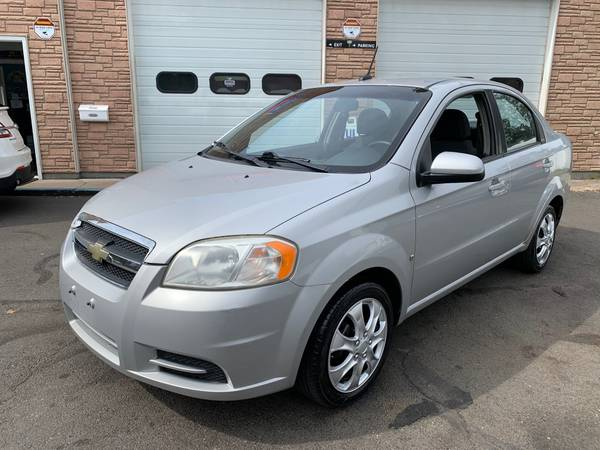 Photo 2009 CHEVY AVEO LT, 1-OWNER, 90,000 MILES - $3,995 (WEST HAVEN CT)