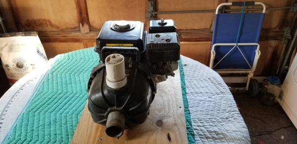 Photo like new 5 1 2 hp 2 inch trash pump never used - $250 (Milford ct)
