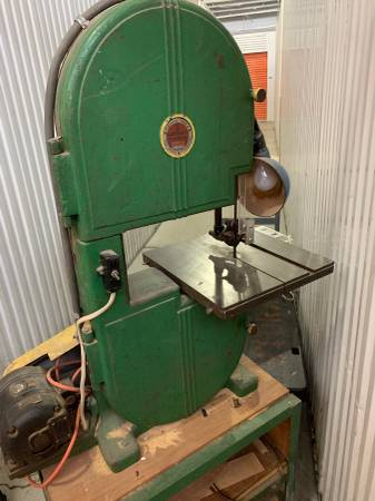 Photo 14 Walker-Turner Bandsaw - $400