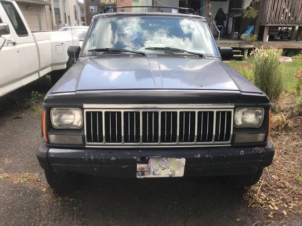 Photo 1994 Jeep Cherokee - $850 (East Rutherford)