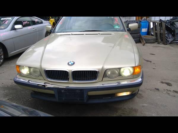 Photo 2000 BMW 740IL (NEWARK)