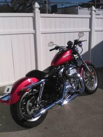 Photo 2004 Harley Sportster 883 - $4,700 (Belleville)