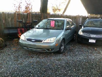 Photo 2006 FORD FOCUS SES NICE CAR - $1,599 (Cars Under 1000. Mine Hill, NJ)