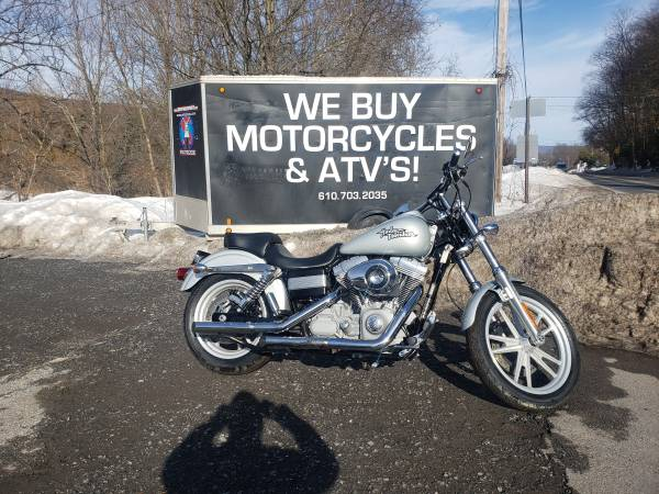 Photo 2010 Harley Davidson Dyna Superglide  Only 7000 Miles Easy Finance - $7,999 (Nesquehoning)