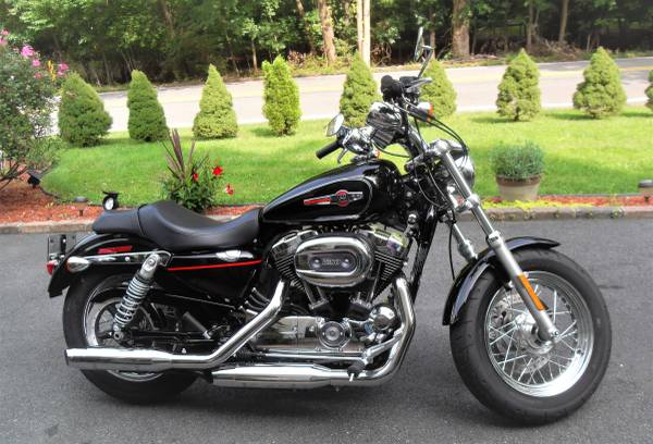 Photo 2018 Harley Davidson Sportster XL 1200, only 580 miles, Like brand new - $8,500 (Franklin Lakes)