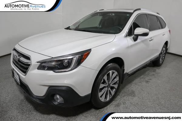 Photo 2018 Subaru Outback, Crystal White Pearl - $24995 (Automotive Avenues)
