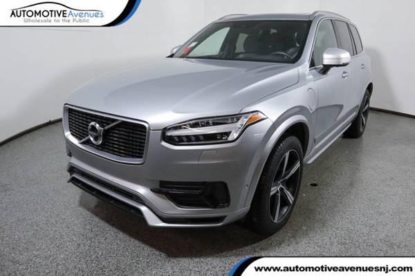 Photo 2018 Volvo XC90, Electric Silver Metallic - $52995 (Automotive Avenues)