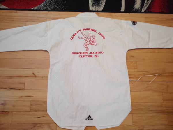 Photo Adidas Taekwondo Uniform Mens White Size 6 200cm - $65 (Wallington)
