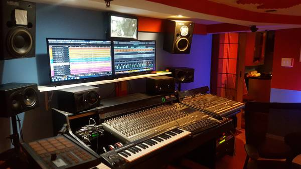 Photo Beautiful Recording studio Air bnB For your band (hackensack)
