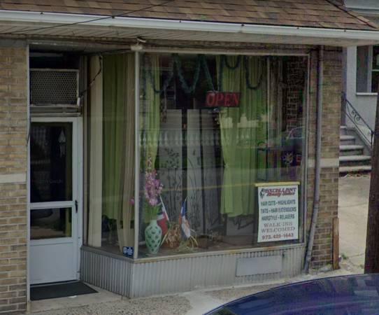 Photo Beauty Salon Sublease (Bloomfield)