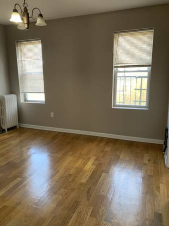 Photo CV. UPDATED 2BR APARTMENT FOR RENT, LAUNDRY ROOM, LIVING ROOM, NO FEE (The Heights, Jersey City)