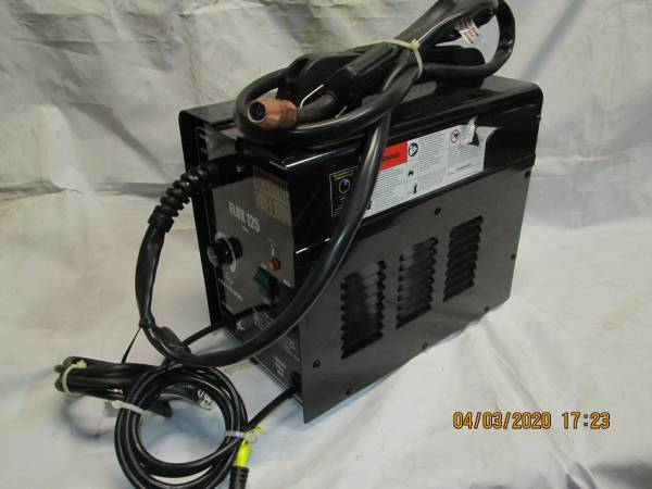 Photo Chicago Electric Welder Model 63582 - $79 (Byram, NJ)