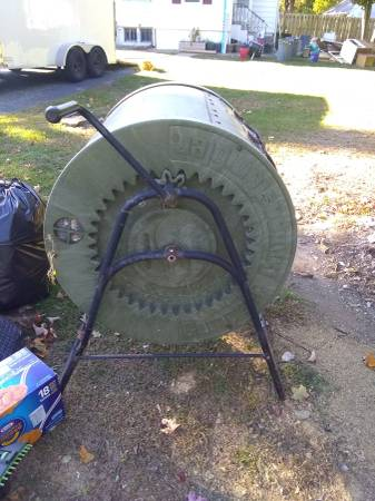 Photo Composter LARGE- WORN BUT WORKS REALLY WELL STILL (Succasunna)