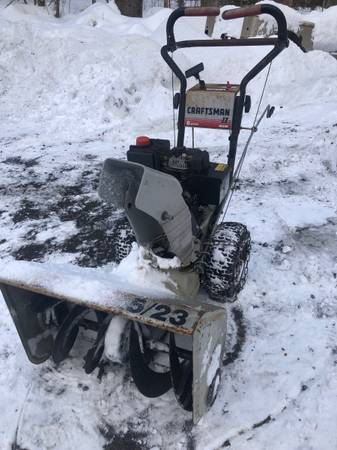 Photo Craftsman Snow Blower - $140 (Oak Ridge)
