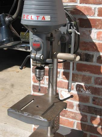 Photo DELTA ROCKWELL DRILL PRESS - $250 (Dumont)