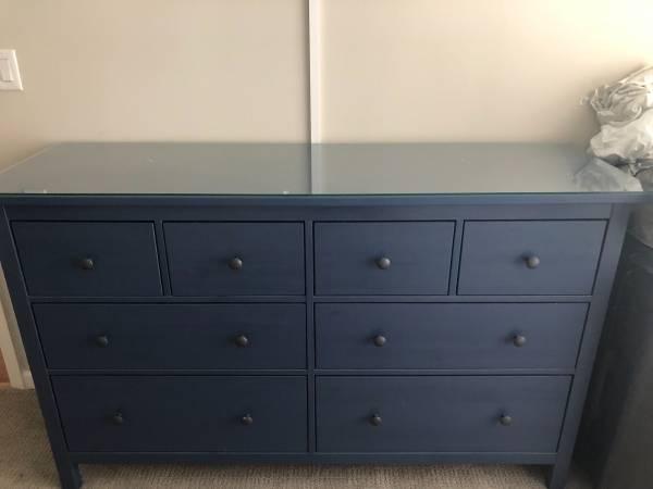 Photo Ikea hemnes 8 drawer dresser blue - $240 (Union)