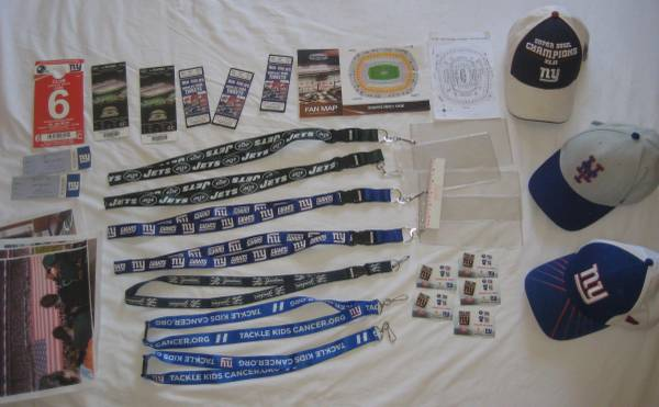 Photo NY New York Giants and Jets Memorabilia CollectiblesTicket Stubs,Caps - $30 (Hasbrouck Heights, NJ)
