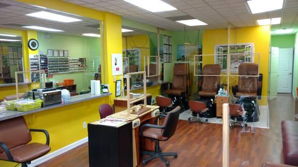 Photo Nail Salon - for salerent in business for 25yrs - $1,250 (lyndhurst)