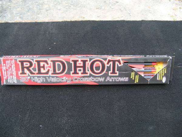 Photo PARKER RED HOT ARROWS - NEW IN BOX    - $125 (Sandyston)