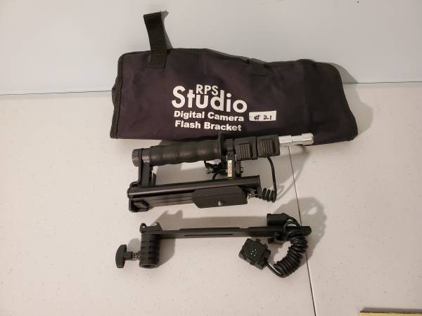 Photo RPS studio digital camera flash bracket - $60 (Mount Olive Township)