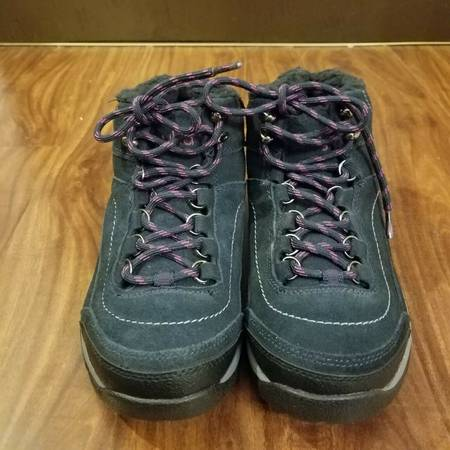 Photo RYKA Navy Blue Suede Water Resistant Rugged Hiking Snow Boots 7 12W - $40 (Little Ferry)