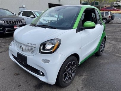 Photo Used 2017 smart fortwo electric drive Coupe for sale