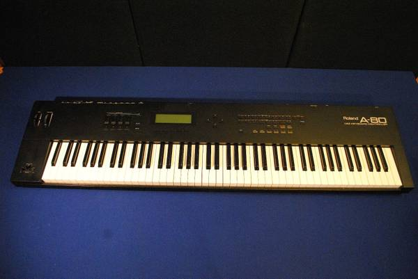 Photo Vintage Roland A80 Keyboard Controller - BRAND NEW - 88 Keys - $785 (Hackettstown)