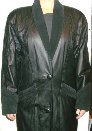 Photo Vtg Worthington Black Leather Full Length Ladies Coat Sz S-M - $50 (Denville  Lake Hopatcong)
