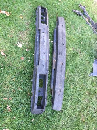 Photo Vw mk3 Cabriogolf Jetta impact bars - $20 (Woodland park)