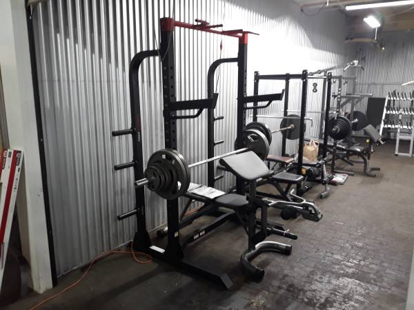 Photo Weider rack weight and bench set - $1,250 (Bloomfield)
