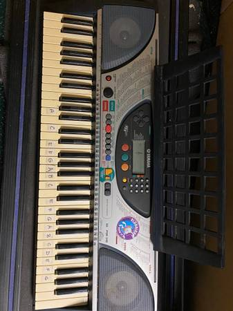 Photo Yamaha keyboard piano Yamaha PSR-240 - $100 (Pequannock) - $100