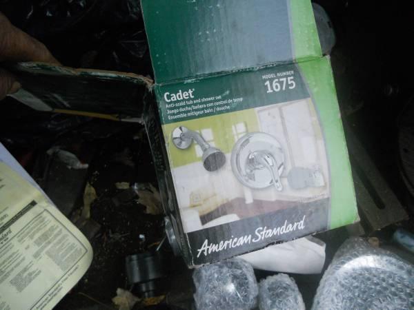Photo american standard model 1675 shower faucet - $30 (Hopatcong)